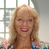 Betsy Houwer
